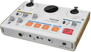 TASCAM MiNiSTUDIO Creator US-42 - Bestes Audio Interface für Podcasts, Streams, Webradio & Co.