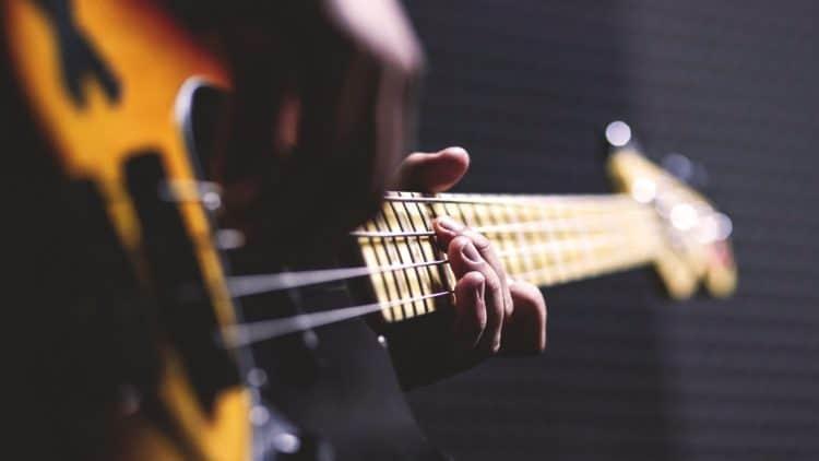 Gitarre abmischen: Dein Rezept für fetten Gitarrensound