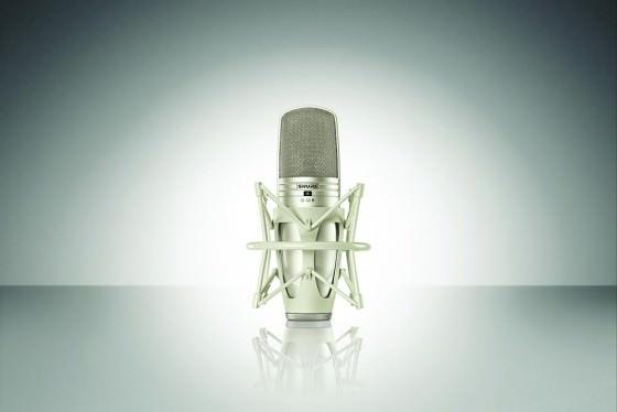 Shure KSM44A Grossmembran-Kondensatormikrofon mit Spinne