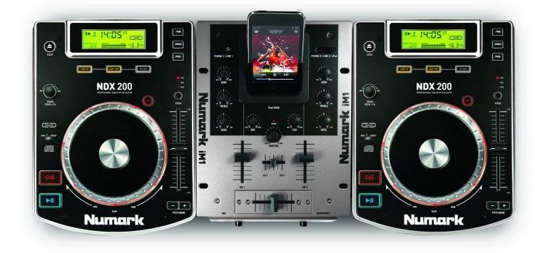 DJ-Equipment: Numark iCD DJ in a Box