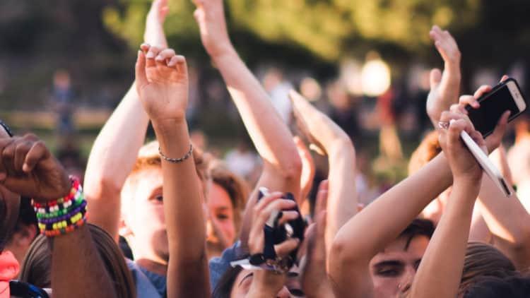 Herausforderung Fans halten im Musikbusiness