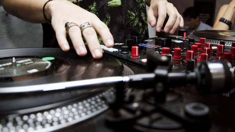 DJ Controller Vergleich