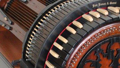 The Wheelharp