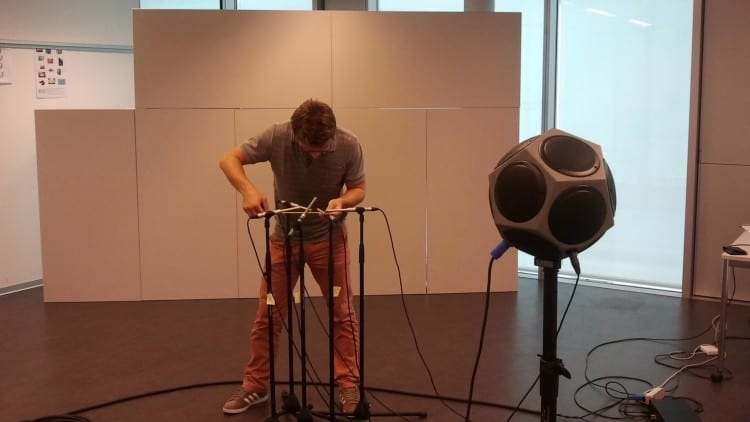 Acoustic echoes reveal room shape