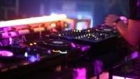 10 Sprüche, die DJs zu hören bekommen