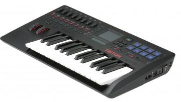 Korg Triton taktile-25 - Controller mit Synthesizer