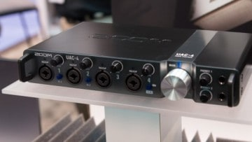 Zoom UAC-4 Interface