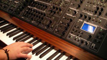 Hardware Synthesizer