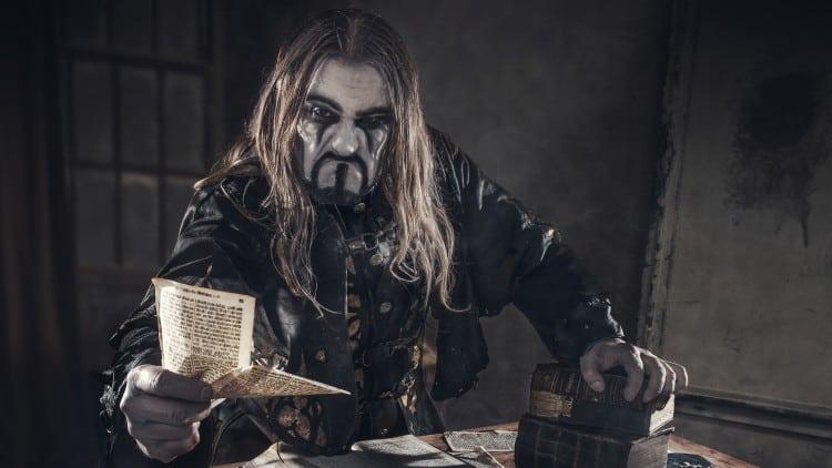 Powerwolf Sänger Attila Dorn