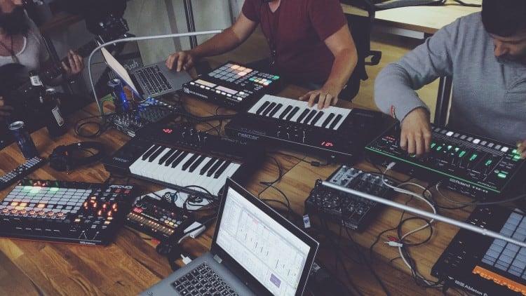Berufe in der Musikbranche: Abschlüsse, Titel & Co.