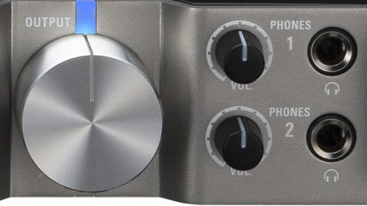 MIDI & Audio Interface - Zoom UAC-8 - Separate Lautstärkeregler + 2 Kopfhörerausgänge