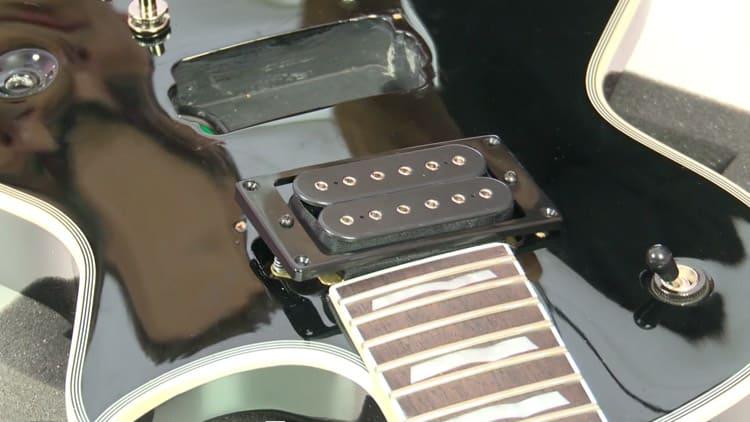 Pickups tauschen: Anleitung für deine E-Gitarre (mit Video)