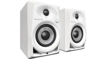 Pioneer DJ DM-40 in weißem Gewand.