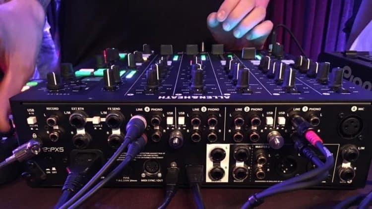Allen & Heath Xone:PX5: DJ-Mixer für 4 Kanäle