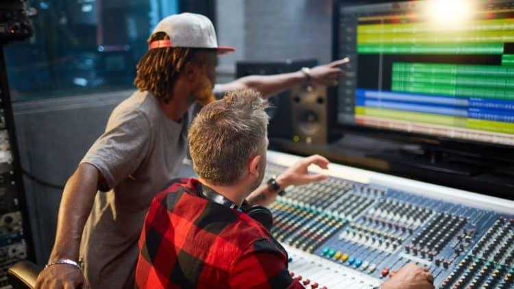 Beruf Audio Engineer: Alles über das Berufsbild des Toningenieurs