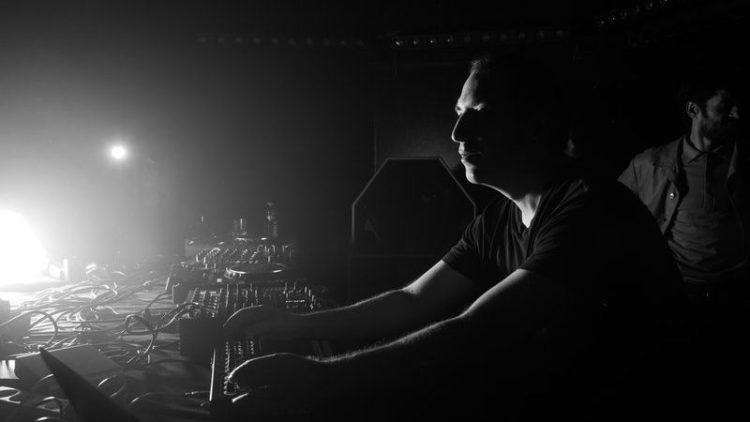 Marc Houle während eines seiner Live-Sets.