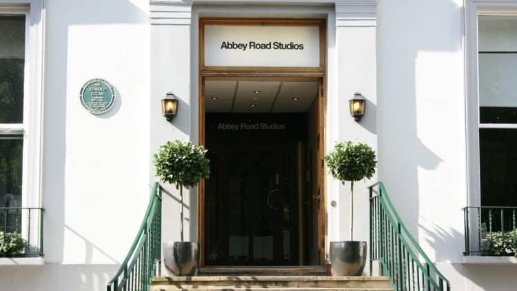 Der berühmte Eingangsbereich der Abbey Road Studios