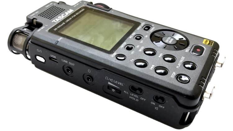 Test des Tascam DR-100 MK3 - Linke Seite