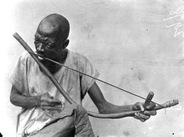 Mundbogen - Musikinstrumente aus Südafrika