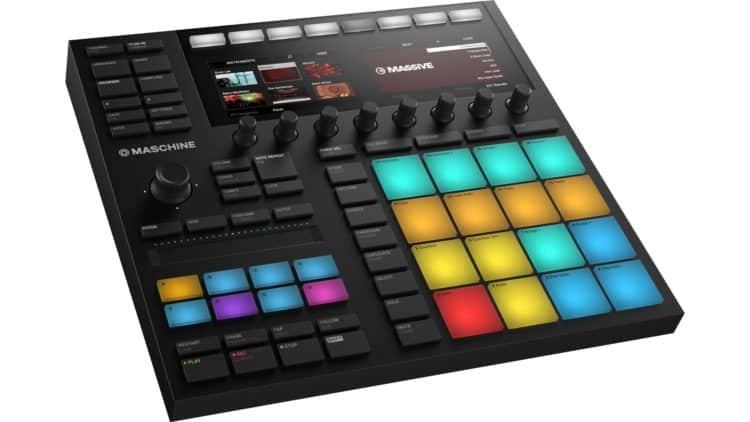 Immer noch keine eigenständige Groovebox, aber dennoch sehr stark bestückt für die hauseigene Software - NI Maschine Mk3