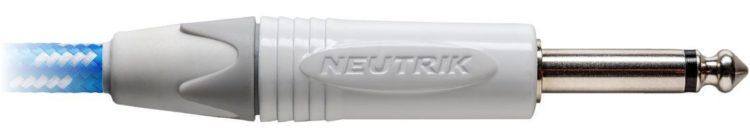 Detailansicht vom Neutrik-Stecker des Cordial CXI 3 PP-SKY