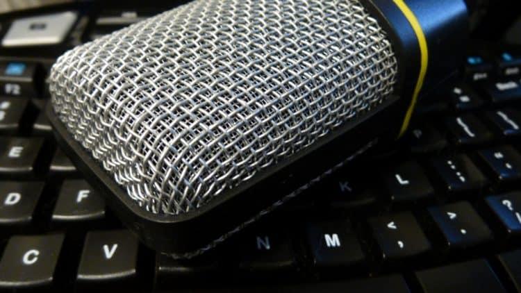 Mikrofon anschließen