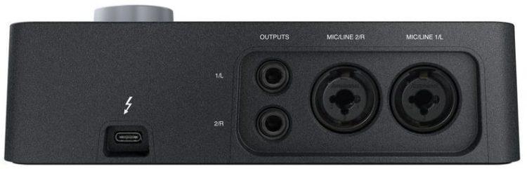 Anschlüsse an der Rückseite - Universal Audio Arrow