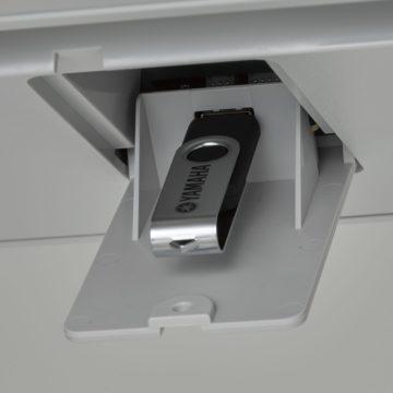 Speicher erweitern (USB) - Yamaha Genos Testbericht