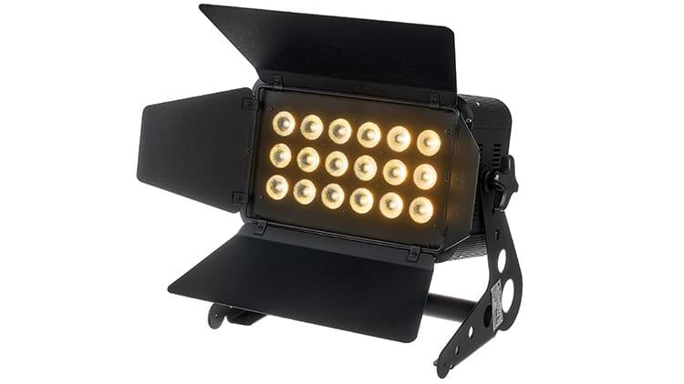 Stairville HL-x180 CW/WW LED Bühnenfluter