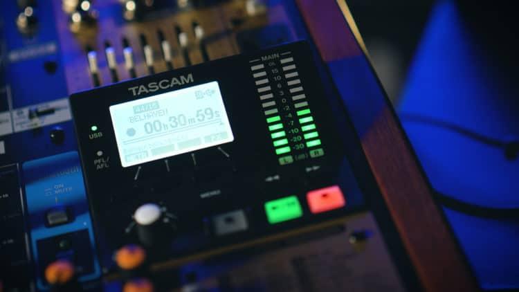 Tascam Model 24 - Bildschirm