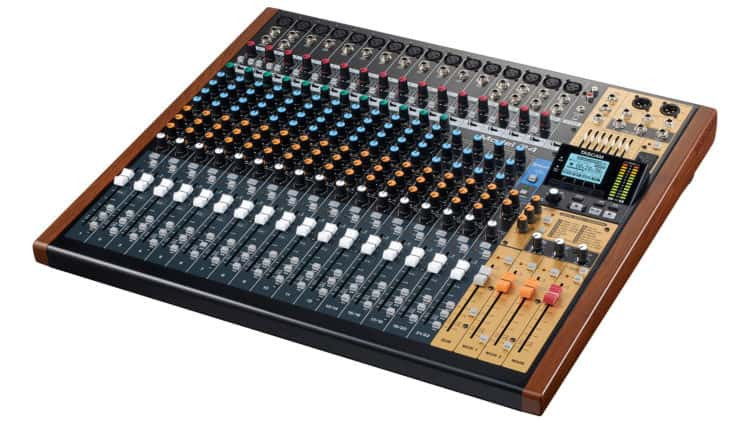 Tascam Model 24 - Homestudio Equipment