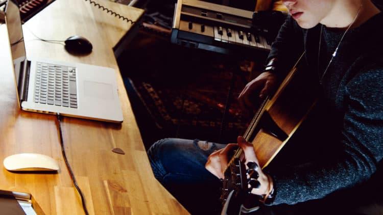 Musikzeichen & Noten (Tastatur)