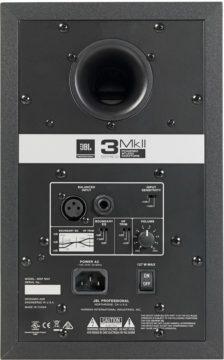 Rückseite & Anschlüsse - JBL 305p MkII Test