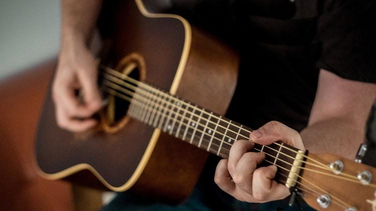 Gitarre einfache Akkorde in Lieder