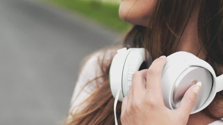 Ovar-Ear-Kopfhörer Pflege