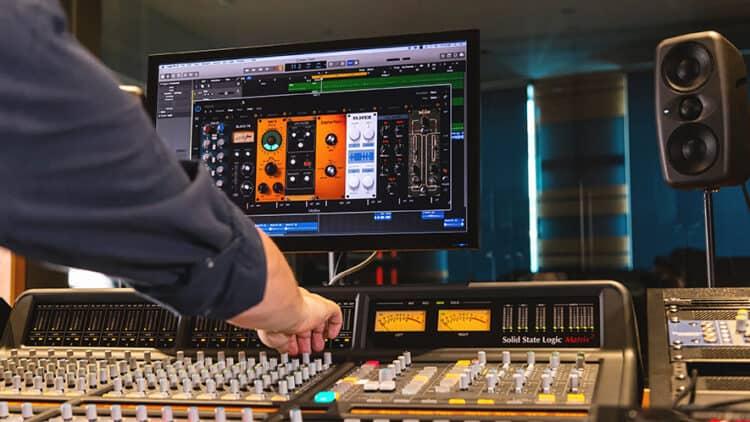 IK Multimedia Mixbox Aufmacher