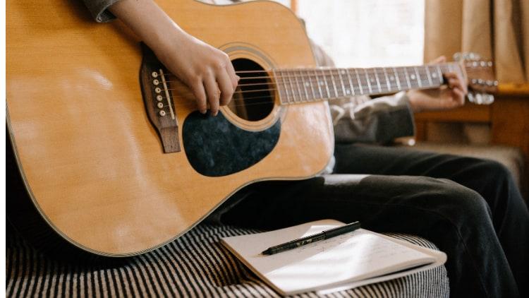 Was musst Du als fortgeschrittener Gitarrist können?