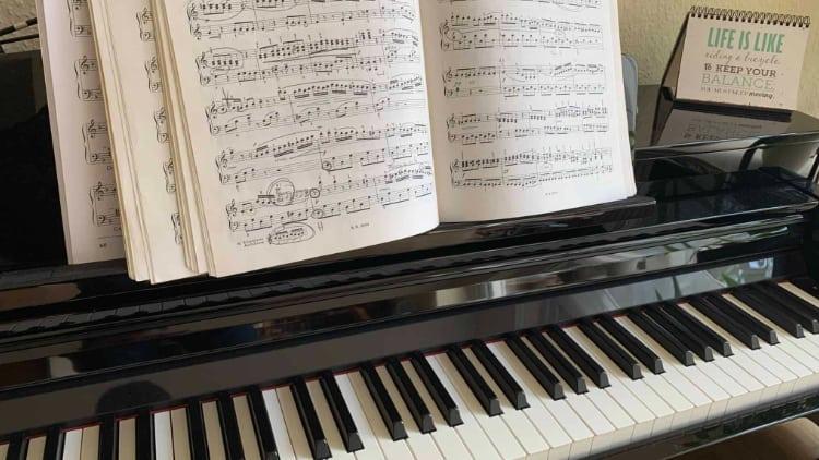 Guter Klavierunterricht Piano