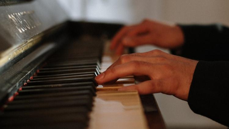 Piano Hybrid Tasteninstrumente