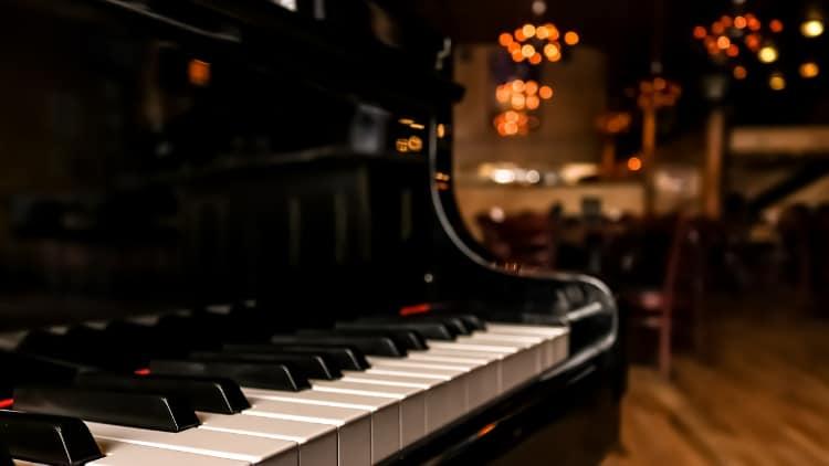 Piano Tasteninstrumente