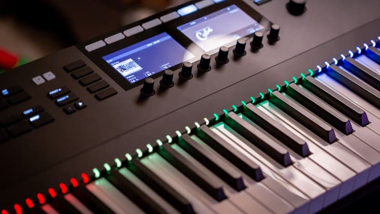 Synthesizer Tasteninstrumente